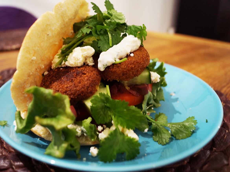pitaleipa-falafelit-