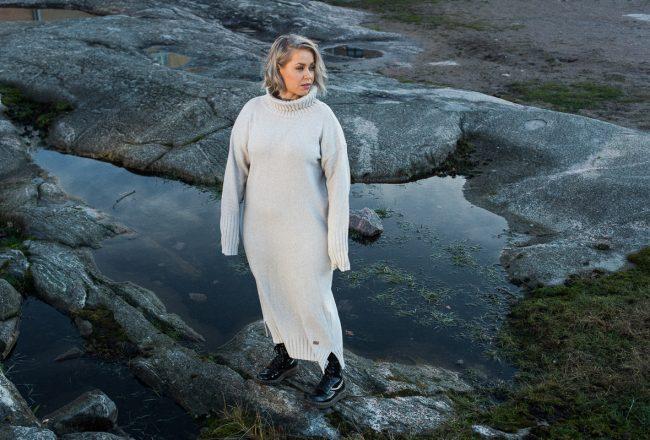 Pura Finland tekee kotimaisia villavaatteita.