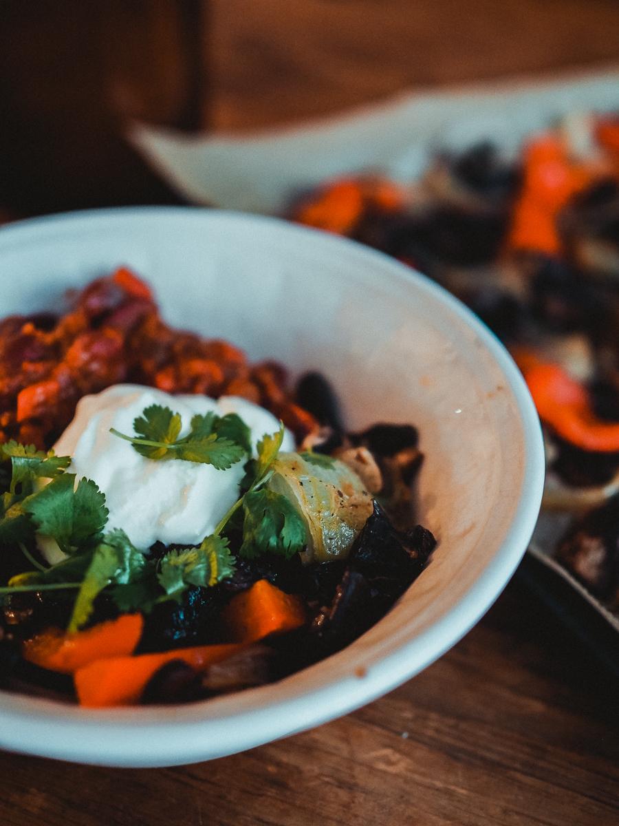 chili sin carne -kulho on helppo arkiruoka.
